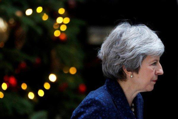 ترزا می در سمت رهبر حزب محافظه کار انگلیس ابقا شد