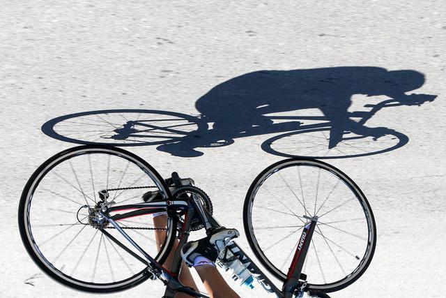 تهدید به مرگ در دوچرخه سواری!