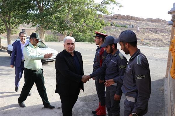 مدیرکل میراث فرهنگی قم از پایگاه های تاریخی کهک بازدید کرد