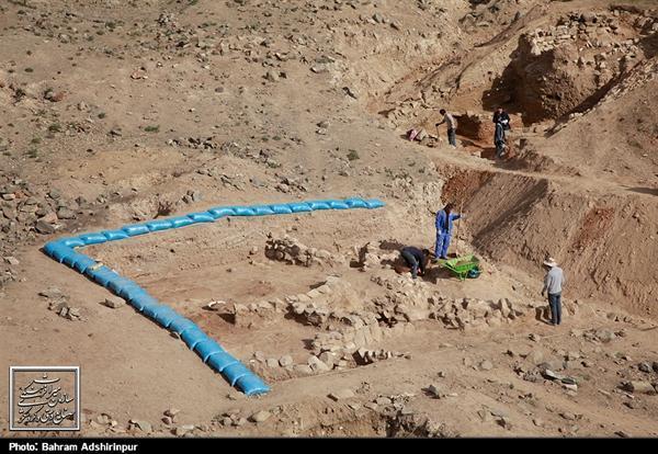 کاوش های نجات بخشی در قلعه آلاجوق گرمی به سرانجام رسید