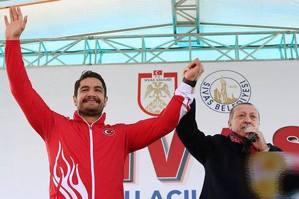 ترکیب تیم کشتی آزاد ترکیه تعیین شد، طاها آکگول در راه قزاقستان
