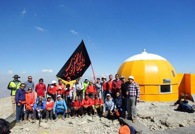 روایت برپایی ایستگاه صلواتی در قله توچال