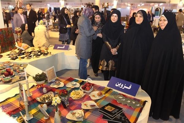 هفت سین 31 استان ایران را در سی و یکمین نمایشگاه صنایع دستی ببینید ، تهیه هدایای نوروزی در نمایشگاه سی و یکم