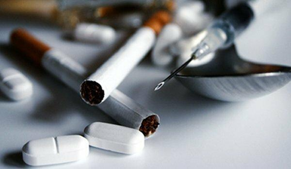 ابتلای 13.8 درصد معتادان تزریقی به ایدز، 60 هزار زندانی تحت پوشش متادون