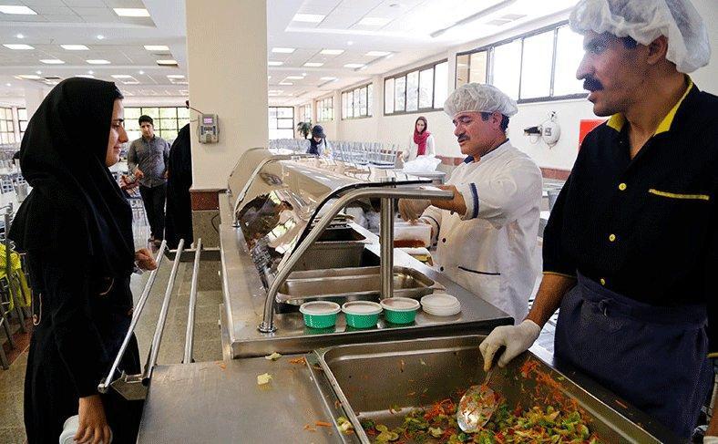 حاشیه های سلف دانشگاه ها در شروع سال تحصیلی، پشت پرده تاریخ جعلی غذا های دانشجویی چیست؟