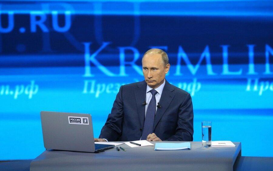 توهین به پوتین در اینترنت 462 دلار آب می خورد