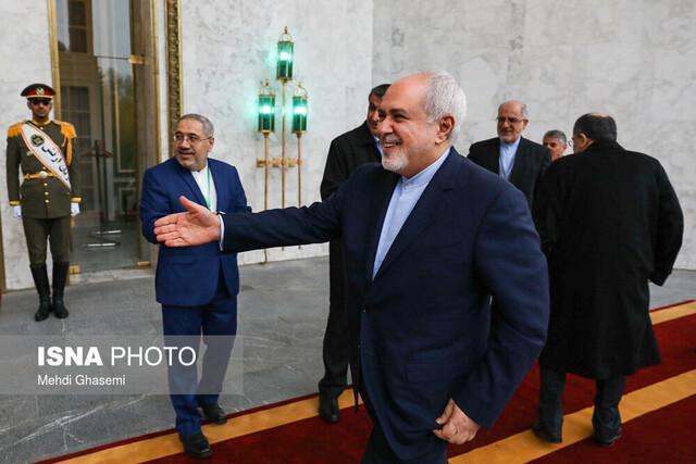 ظریف؛ آشناترین شخصیت ایرانی با ظرایف سیاست خارجی