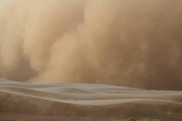 طوفان بزرگ شن عربستان سعودی و قطر را درنوردید