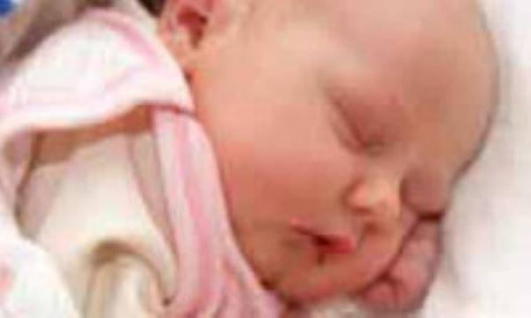 وسائل غیر ضروری و اضافی برای نوزاد